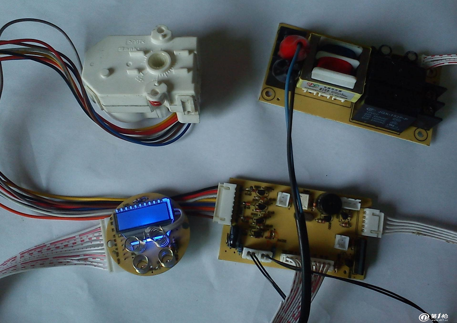 恒温电热水龙头控制板