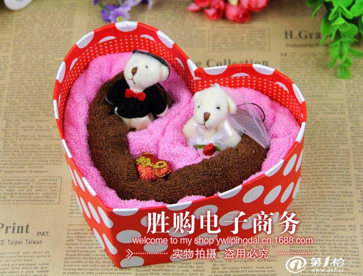 家居用品,母婴,玩具 卫浴用品,用具 毛巾 爱心形婚礼小熊礼盒 蛋糕