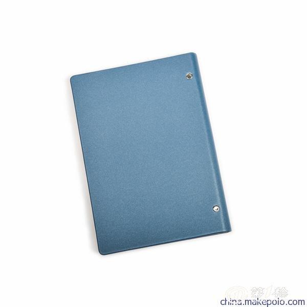 纹路笔记本 活页记事本  封面规格:165mm*235mm 封面颜色:棕色,蓝色