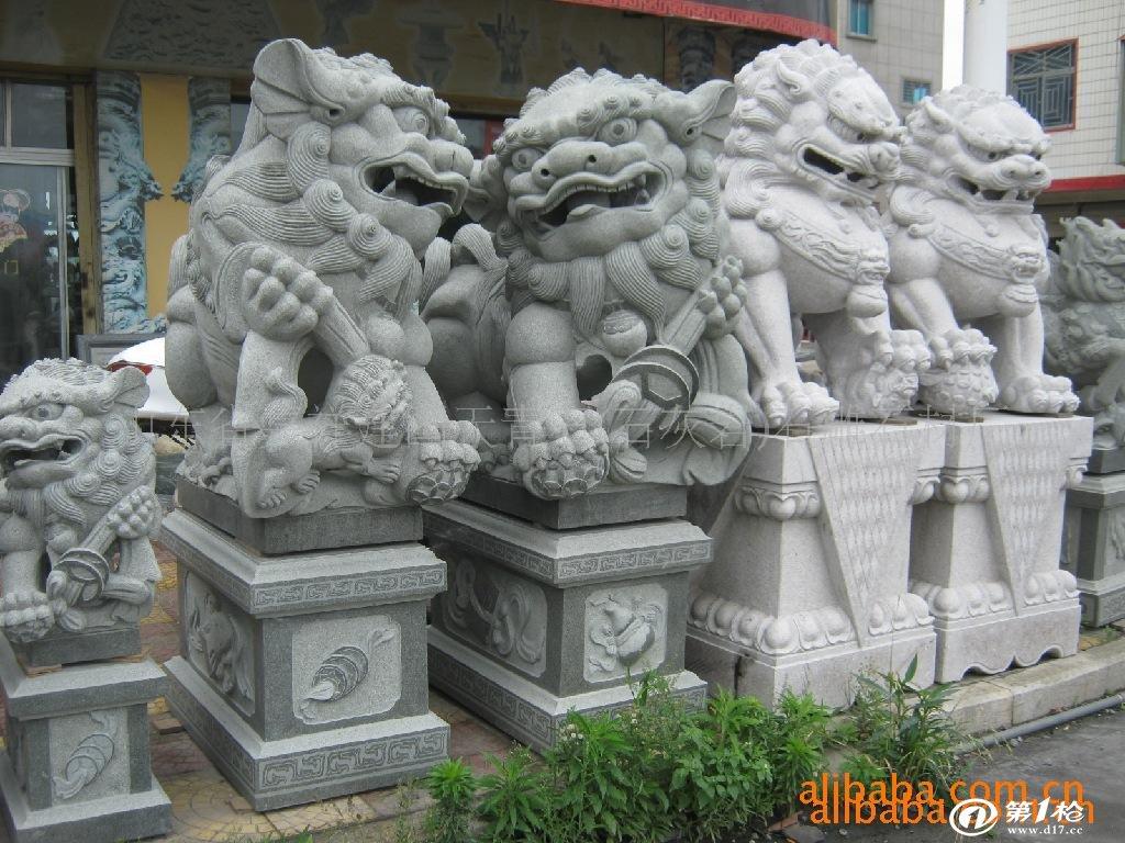 石灰岩动物石雕,石材雕刻石狮子,现代石狮,欧式石狮厂家直销