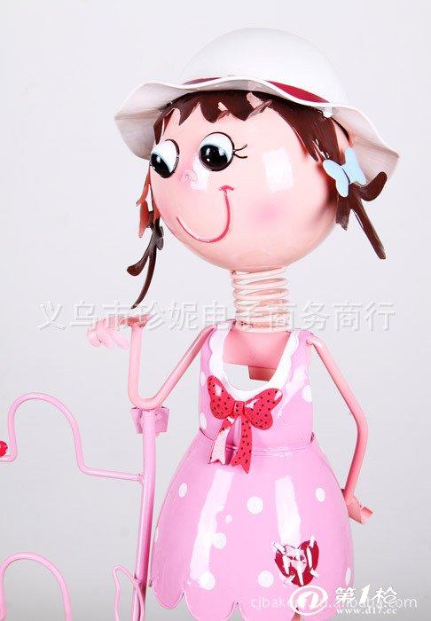厂家直供 韩式田园风格铁皮娃娃鞋架 家居装饰品