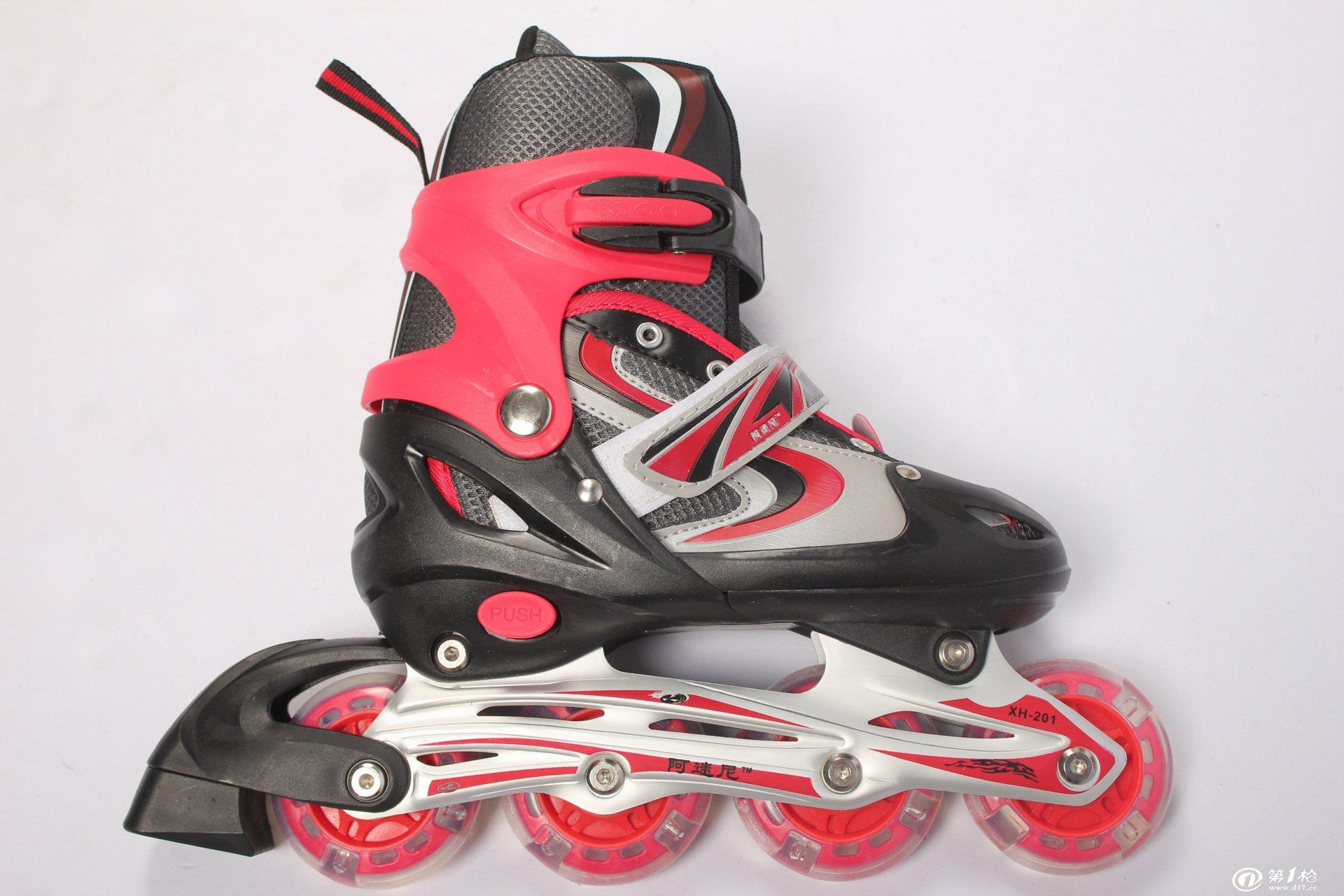 溜冰鞋 轮滑 儿童溜冰鞋 直排轮滑 健身器材滑冰鞋pvc