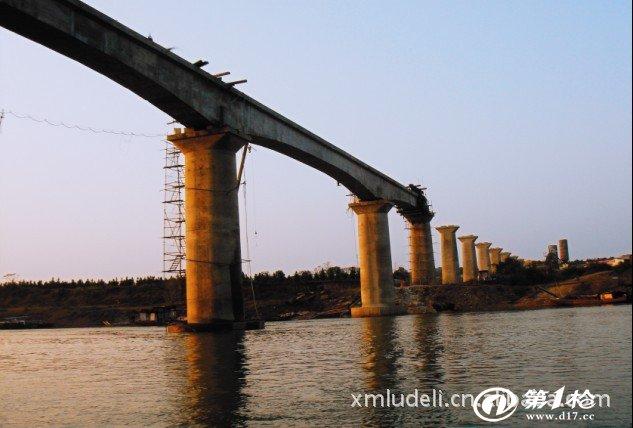 桥梁钢 模板 桥梁伸缩缝施工  公司以创建国内的钢模板,钢结构等综合