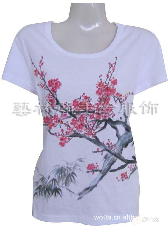 供应2012新款全棉韩版手绘t恤 中国风 女式t恤 短袖t恤 梅花朵朵