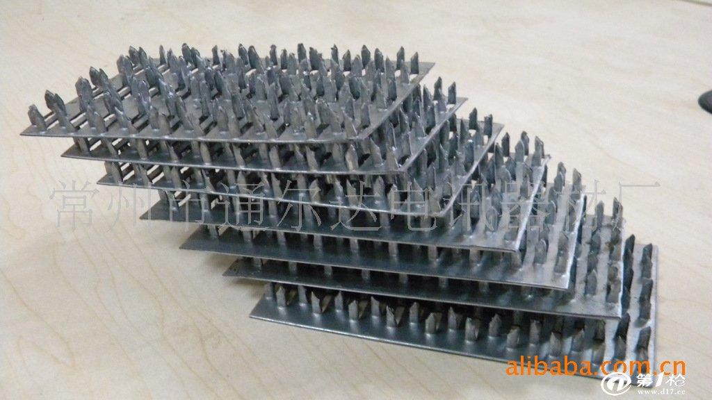 公司生产的木结构金属连接件,包含托梁连接件,齿板,旋转件等